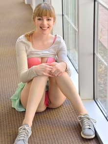 Alana Teeny Bopper