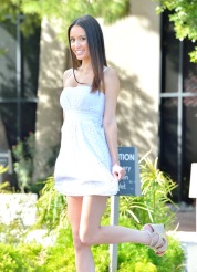 Aubrey Bought A New Dress - Picture 8