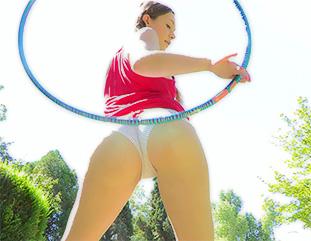 Aurielee hula hoop hottie