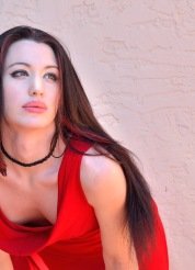 Cali Vampire Red - Picture 2