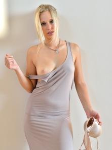 Lacie Sensual Fisting - Picture 2