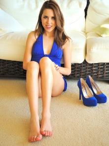 Lola shoe lover