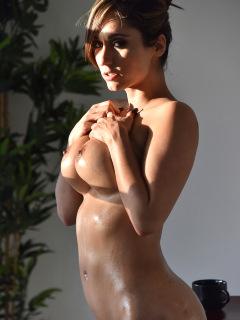 Reena Simply Orgasmic
