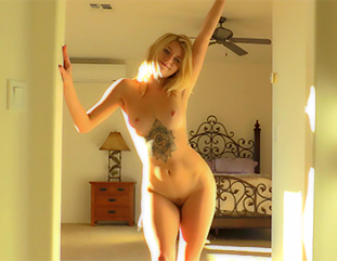 Arya Beautiful Blonde