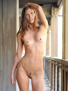 Avia Shes A Kinky One