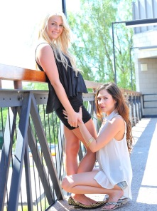 Cassie and Chloe hot lesbians