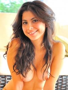 Eliana bikini masturbation