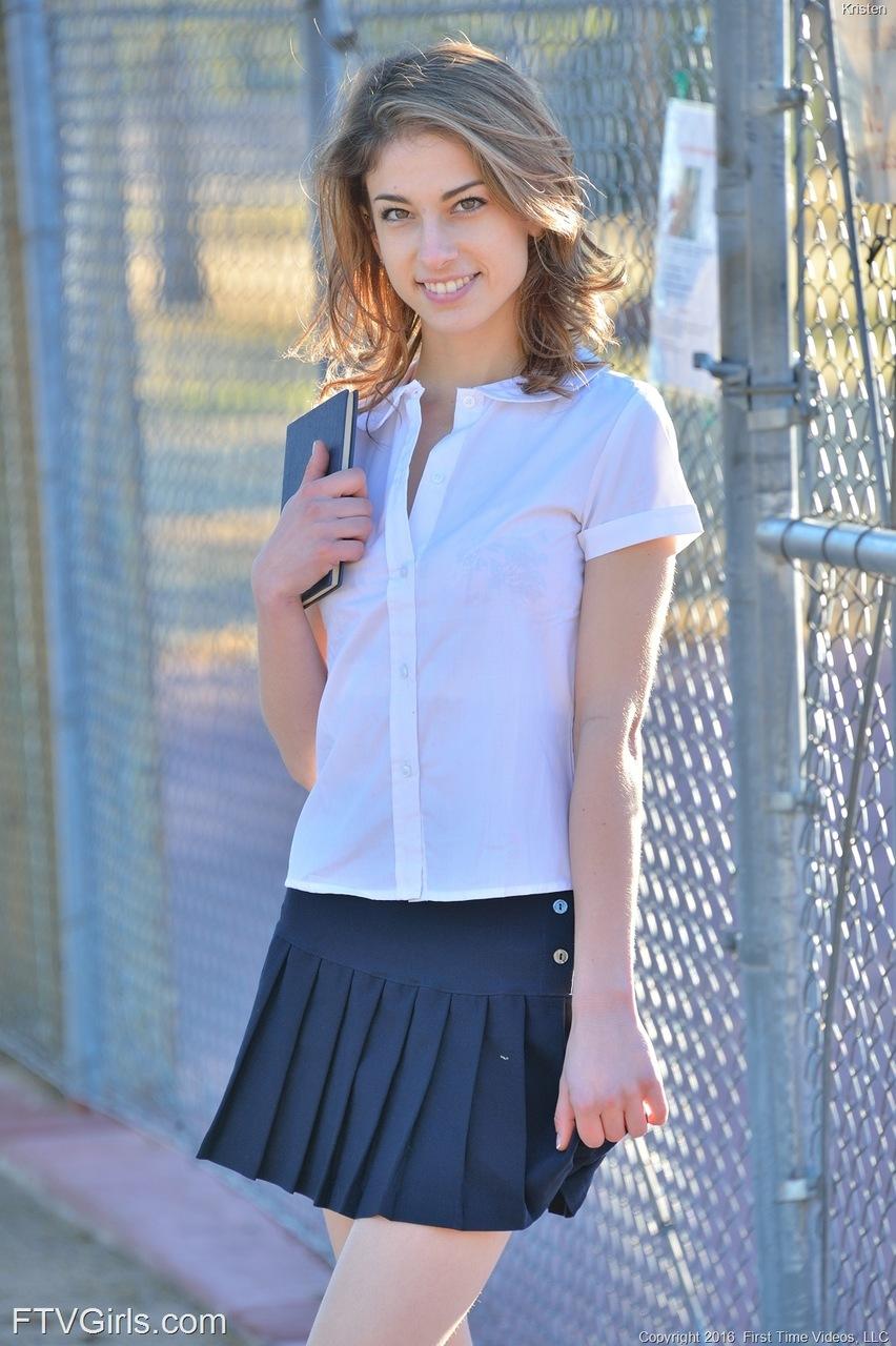 Preview Ftvgirls Free Kristen Young Teen Look A9938A67 -5264