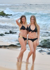 Nicole and Veronica Beachside Nudes