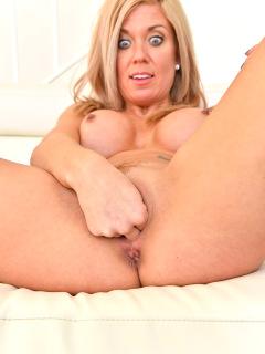 Parker Kinky Pleasure