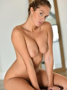 Athena Artistic Nudes Picture 14