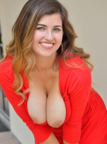 Gianna-II Gorgeous In Red Picture 4