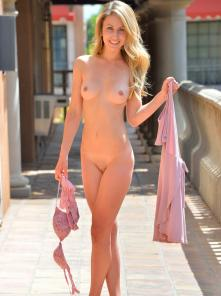 Leah First Time Nude Picture 5
